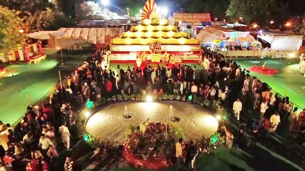 Shantivan - शिवरात्रि महोत्सव देखने उमड़ी हजारों लोगों की भीड़, स्वर्ग की सीन पर हर कोई हुआ मोहित